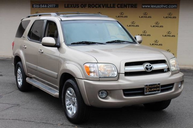 Photo Pre-Owned 2006 Toyota Sequoia Limited Rear DVDS Limited Four Wheel Drive SUV