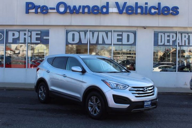 Photo Pre-Owned 2016 Hyundai Santa Fe Sport ONE OWNER All Wheel Drive SUV