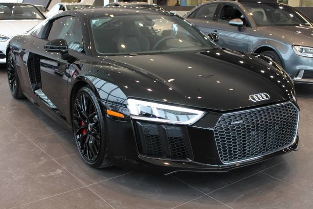 Photo Pre-Owned 2017 Audi R8 Coupe V10 All Wheel Drive 2dr Car