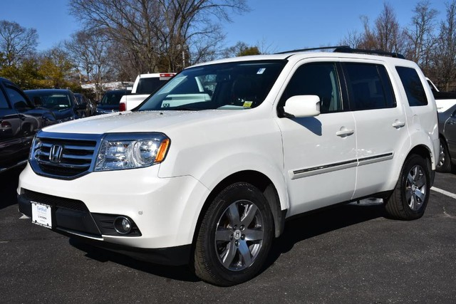 Photo Certified Pre-Owned 2013 Honda Pilot 4x4 Touring Navigation DVD SUV Four Wheel Drive SUV