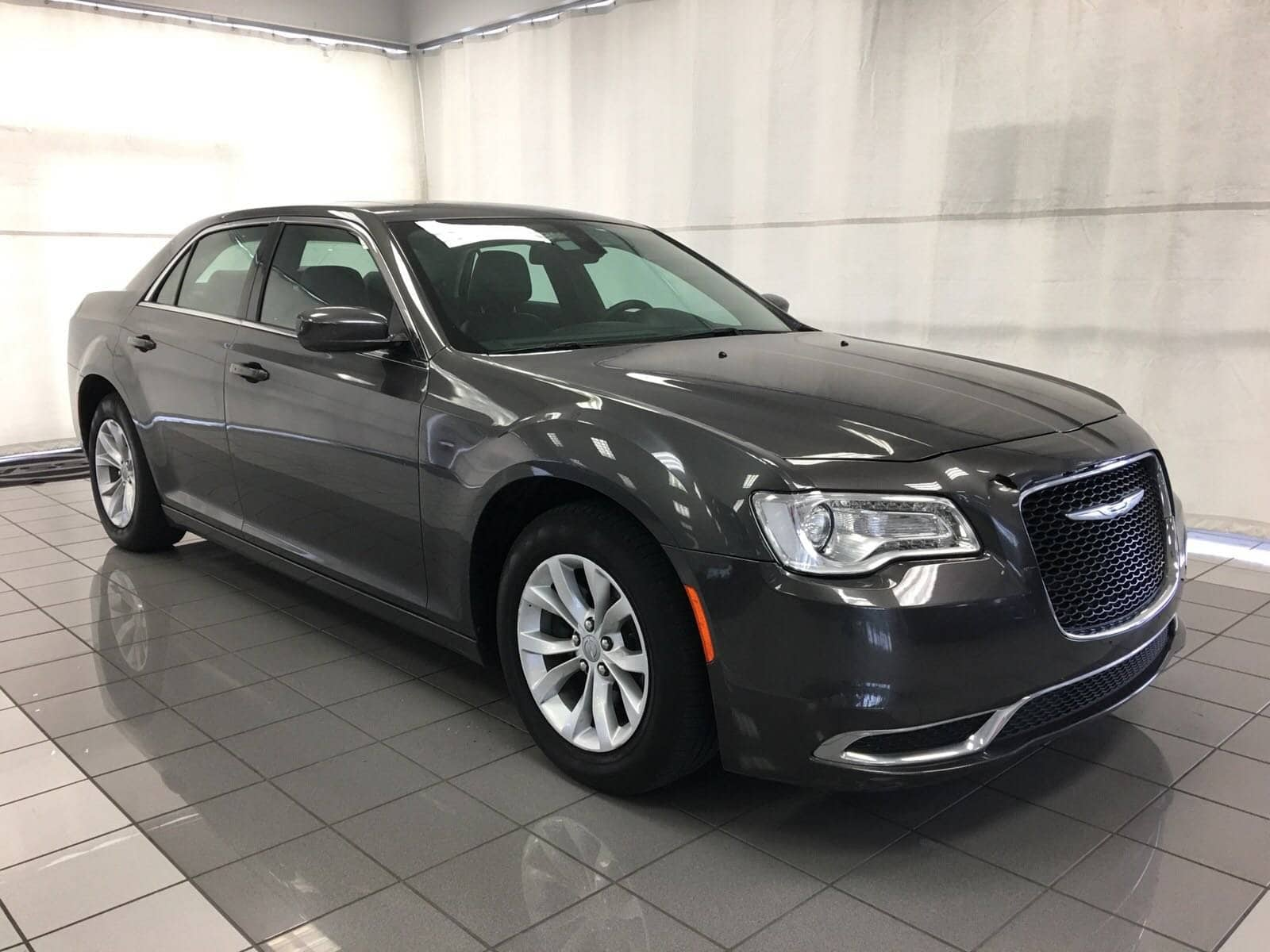 Photo Used 2015 Chrysler 300 Limited For Sale  Houston TX  Stock FH931895