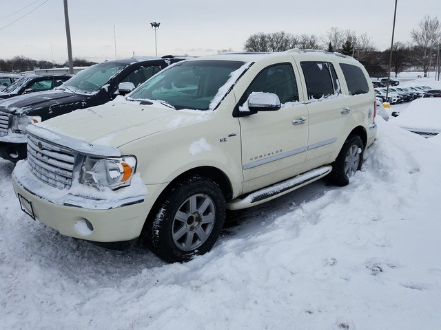 Photo 2008 Chrysler Aspen Limited SUV