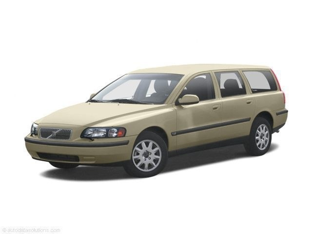 Photo Pre-Owned 2002 Volvo V70 XC Wagon For Sale  Raleigh NC