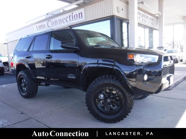 Photo 2016 Toyota 4Runner SR5 LIFTED 4WDPRO EDITION