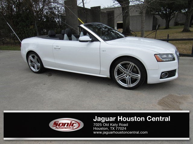 Photo Used 2011 Audi S5 Premium Plus Quattro in Houston, TX
