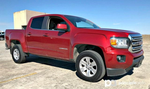 Photo Used 2015 GMC Canyon 2WD SLE, Power Seats, Bed Liner, Navigation, Back Truck Crew Cab For Sale San Antonio, TX