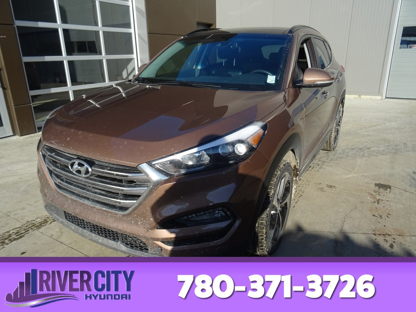 Photo Pre-Owned 2016 Hyundai Tucson AWD ULTIMATE TURBO Navigation GPS, Leather, Heated Seats, Panoramic Roof, Back-up Cam, AC,
