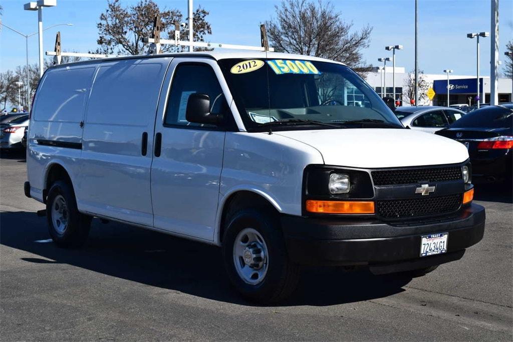 Photo 2012 Chevrolet Express 2500 Cargo Van Van