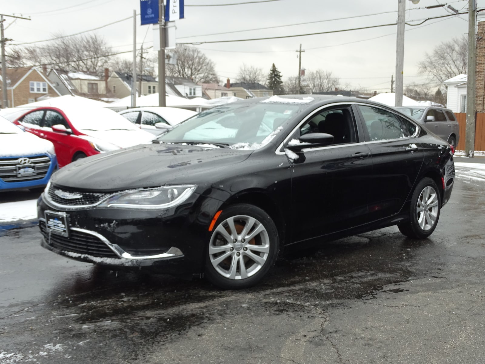 Photo Used 2015 Chrysler 200 Limited FWD Sedan Automatic Front-wheel Drive in Chicago, IL