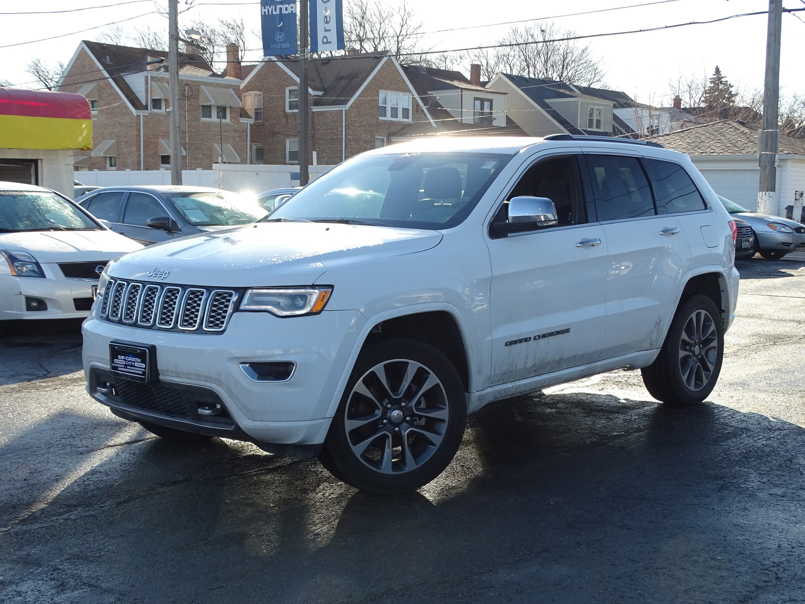 Photo Used 2017 Jeep Grand Cherokee Overland 4x4 SUV Automatic 4x4 in Chicago, IL