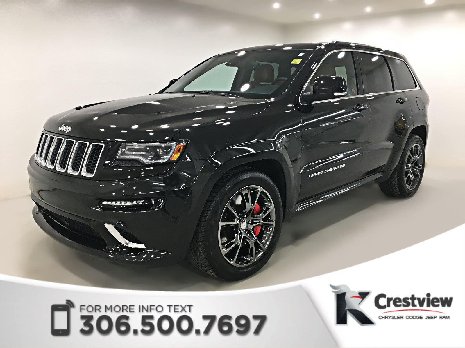 Photo Pre-Owned 2014 Jeep Grand Cherokee SRT8 6.4L  Sunroof  Navigation 4WD Sport Utility