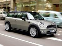 Pre-Owned 2009 MINI Cooper Clubman FWD 2D Coupe