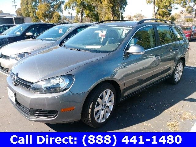 Photo Used 2013 Volkswagen Jetta Sportwagen For Sale  Redwood City CA