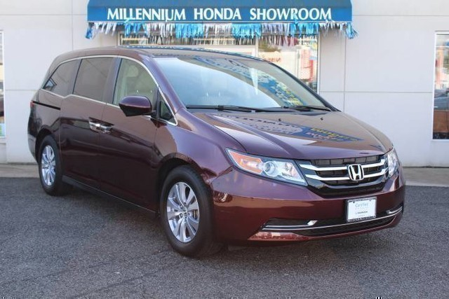 Photo Certified Pre-Owned 2015 Honda Odyssey EX FWD Mini-VanPassenger