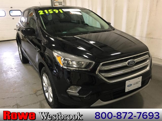 Photo 2017 Ford Escape SE Moonroof Right Color SUV 4 cyls