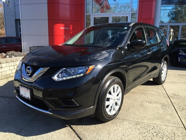 Photo Certified Pre-Owned 2016 Nissan Rogue S SUV For Sale in Wilton, CT