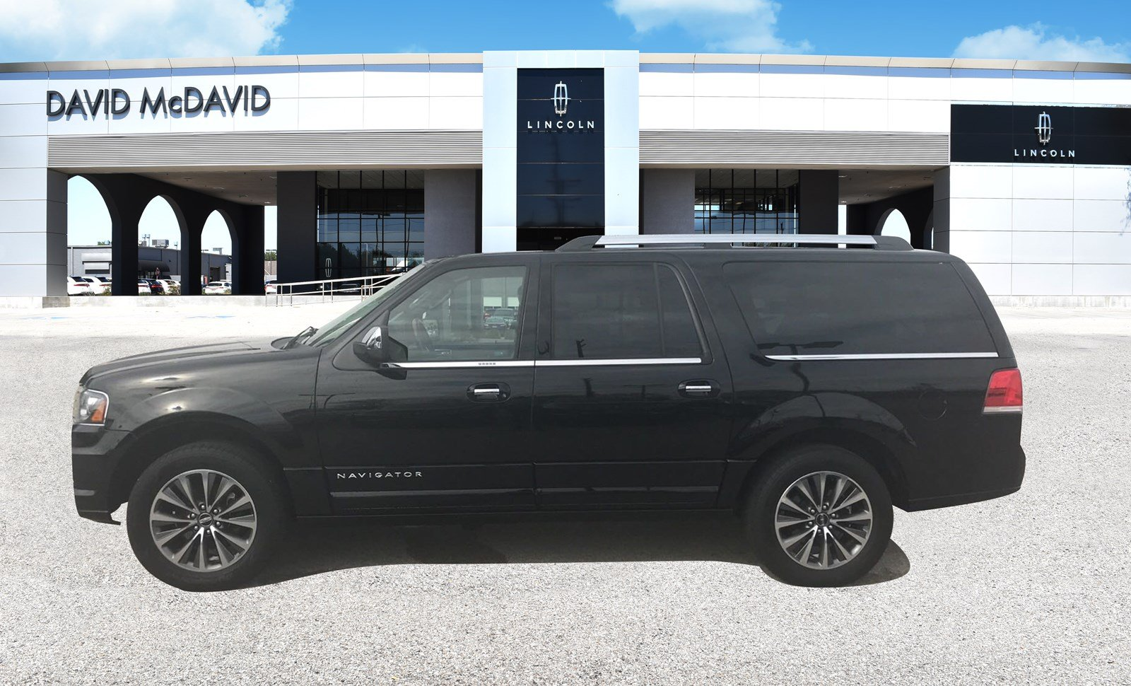 Photo Certified 2017 Lincoln Navigator L Select 4x2 Select 6 in PlanoDallasFort Worth TX