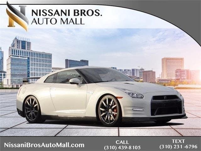 Photo 2015 Nissan GT-R Premium Coupe
