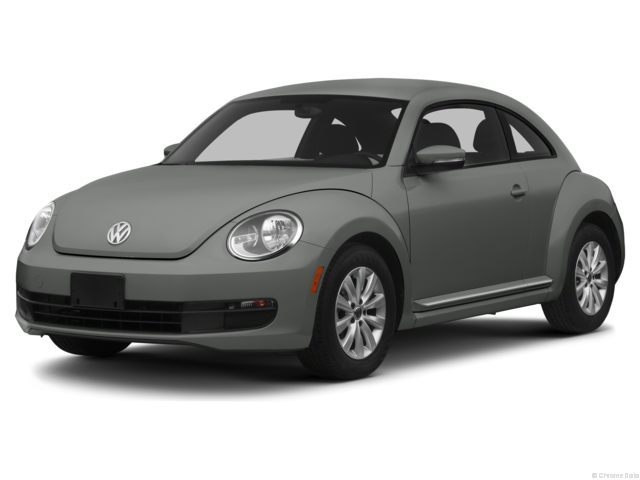 Photo Pre-Owned 2013 Volkswagen Beetle 2.5L Entry wPZEV Hatchback in Corte Madera, CA