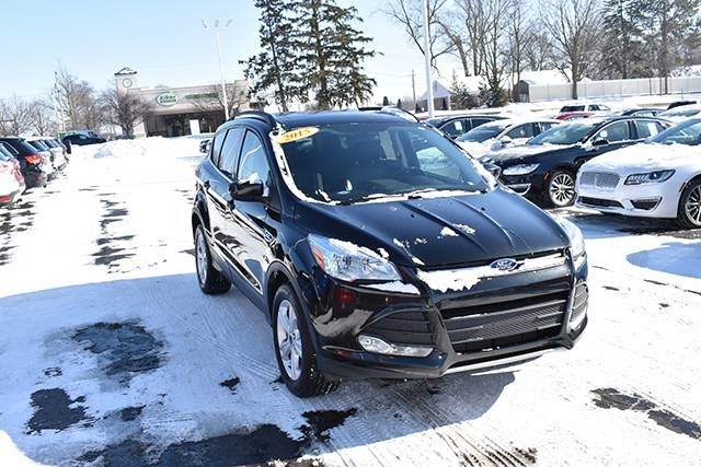 Photo 2015 Ford Escape SE SUV