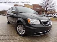2011 Chrysler Town & Country Touring-L **ONE OWNER**