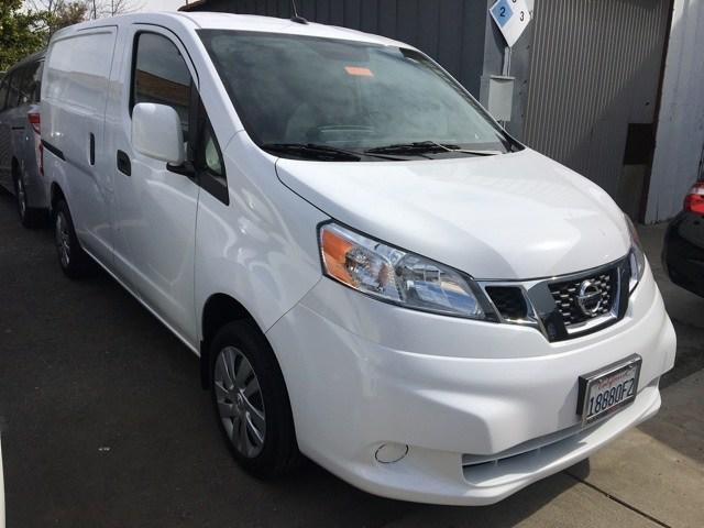 Photo Used 2017 Nissan NV200 SV Van in San Leandro, CA