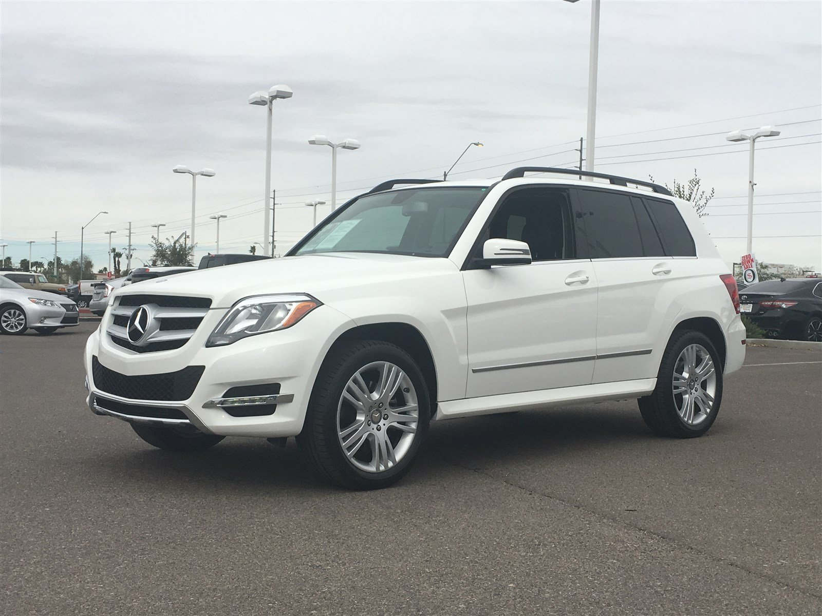 Photo Used 2015 Mercedes-Benz GLK-Class For Sale  Peoria AZ  Call 866 748-4281 on Stock 81000A