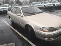 1996 LEXUS ES 300 Sedan For Sale in Columbus