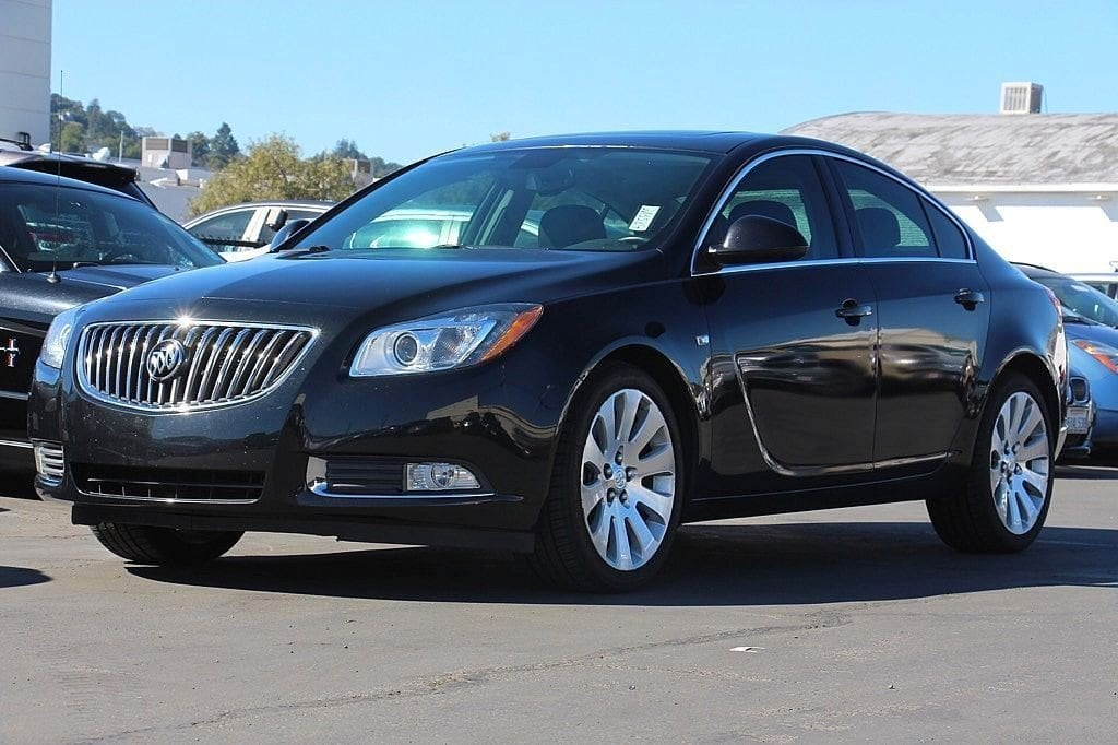Photo Used 2011 Buick Regal CXL Turbo For Sale in Sunnyvale, CA