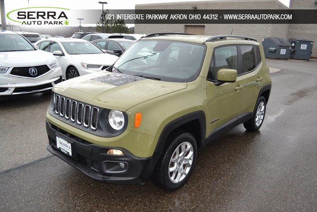 Photo 2015 Jeep Renegade Latitude in Akron, OH 44312