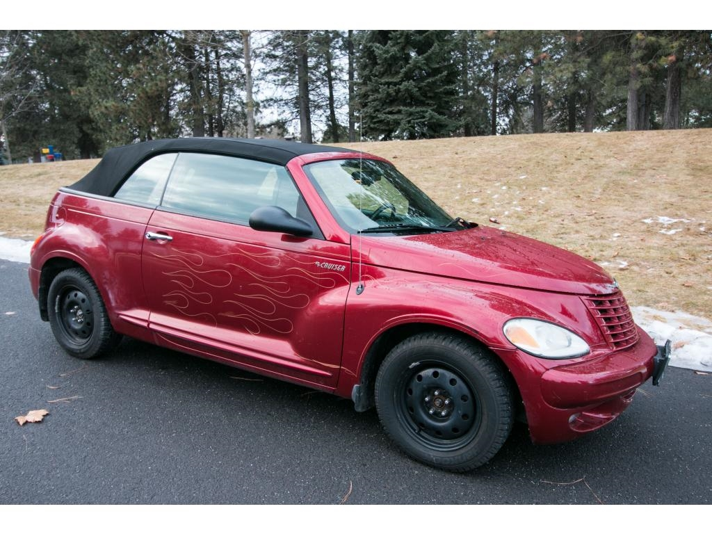 Photo 2005 Chrysler PT Cruiser Touring Front Wheel Drive 2.4L