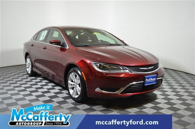Photo Used 2016 Chrysler 200 For Sale  Langhorne PA - Serving Levittown PA  Morrisville PA  1C3CCCAB3GN106188