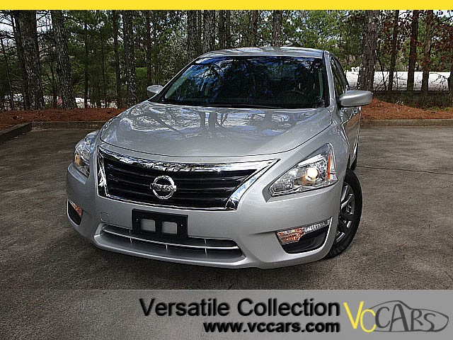 Photo 2015 Nissan Altima 2.5 S Sports Package Alloys Camera Spoiler
