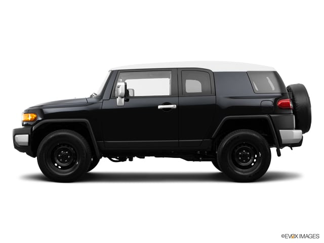 Photo Certified Used 2014 Toyota FJ Cruiser AT 4WD V6 for sale in Glen Mills PA