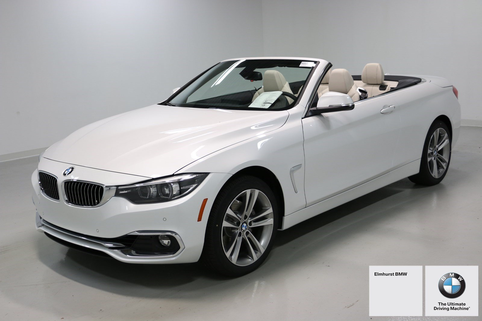 Photo Pre-Owned 2018 BMW 4 Series 430i xDrive Convertible With Navigation