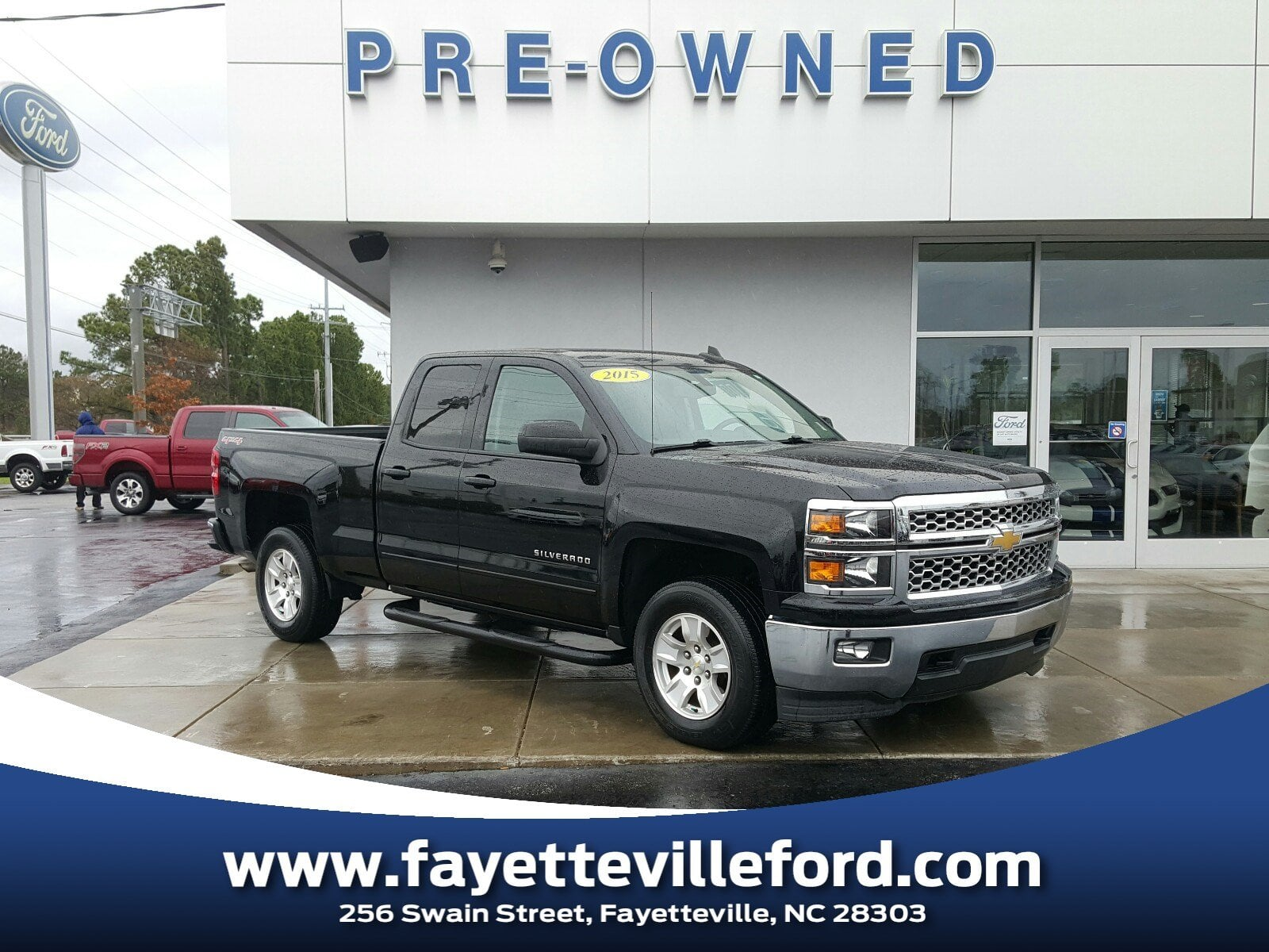Photo Pre-Owned 2015 Chevrolet Silverado 1500 LT Truck Double Cab 8 in Fayetteville NC