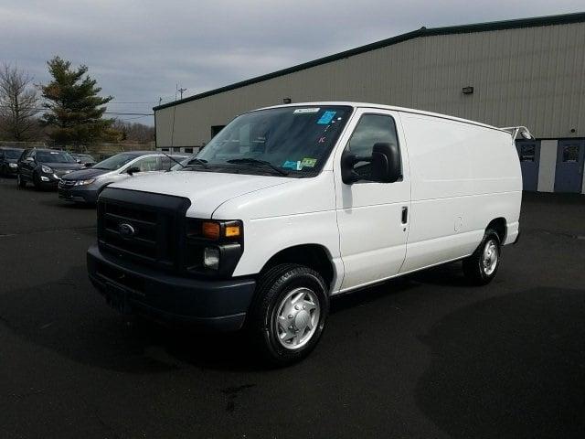 Photo Used 2014 Ford E-150 Commercial Van Cargo Van in Manassas, VA