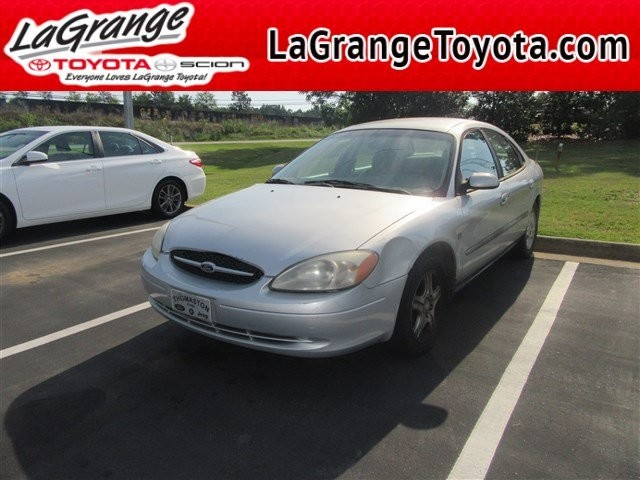 Photo Pre-Owned 2000 Ford Taurus 4dr Sdn SEL Front Wheel Drive Sedan