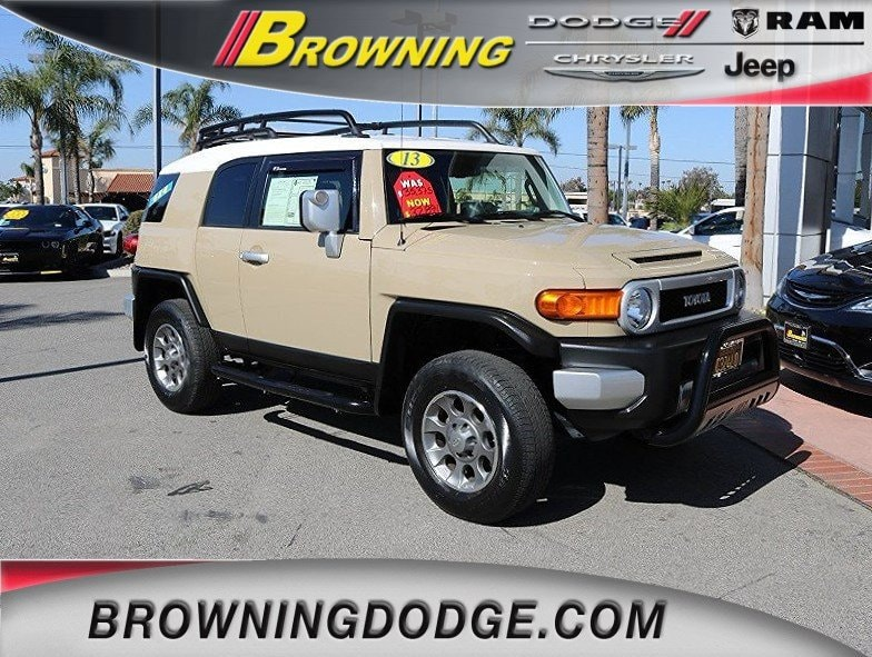 Photo 2013 Toyota FJ Cruiser SR SUV in Norco