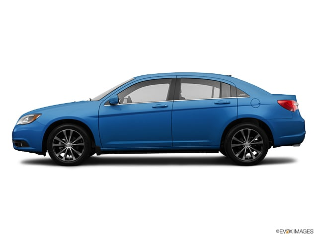 Photo 2013 Chrysler 200 Limited in Erie, PA