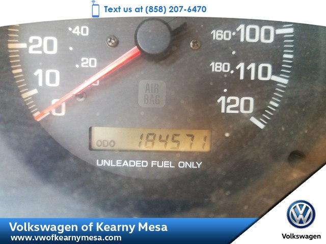 Photo 1998 Nissan Pathfinder XE SUV Rear Wheel Drive