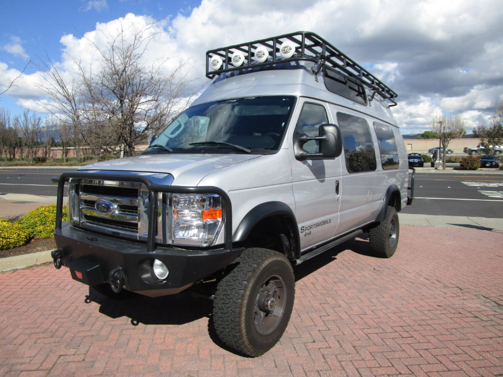 Photo 2013 Ford E-350 Super Duty CUSTOM BUILT..SPORTSMIBLE BY C.R. LAURENCE...4X4..