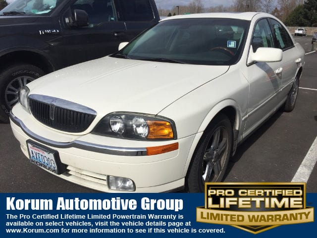 Photo Used 2002 Lincoln LS V8 Auto Sedan V-8 cyl for Sale in Puyallup near Tacoma