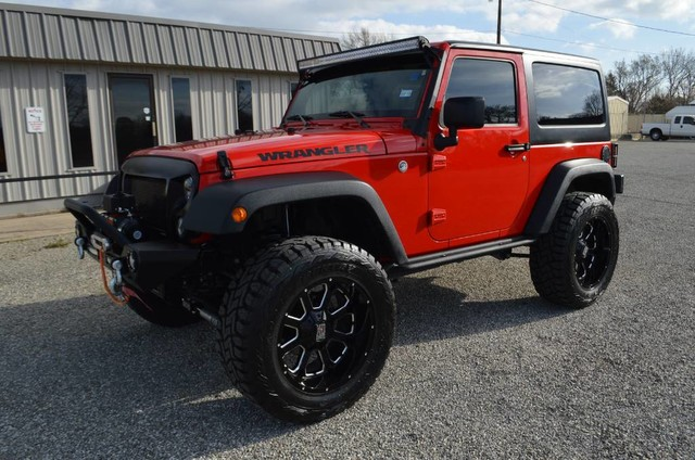 Photo 2016 Jeep Wrangler Black Bear Edition