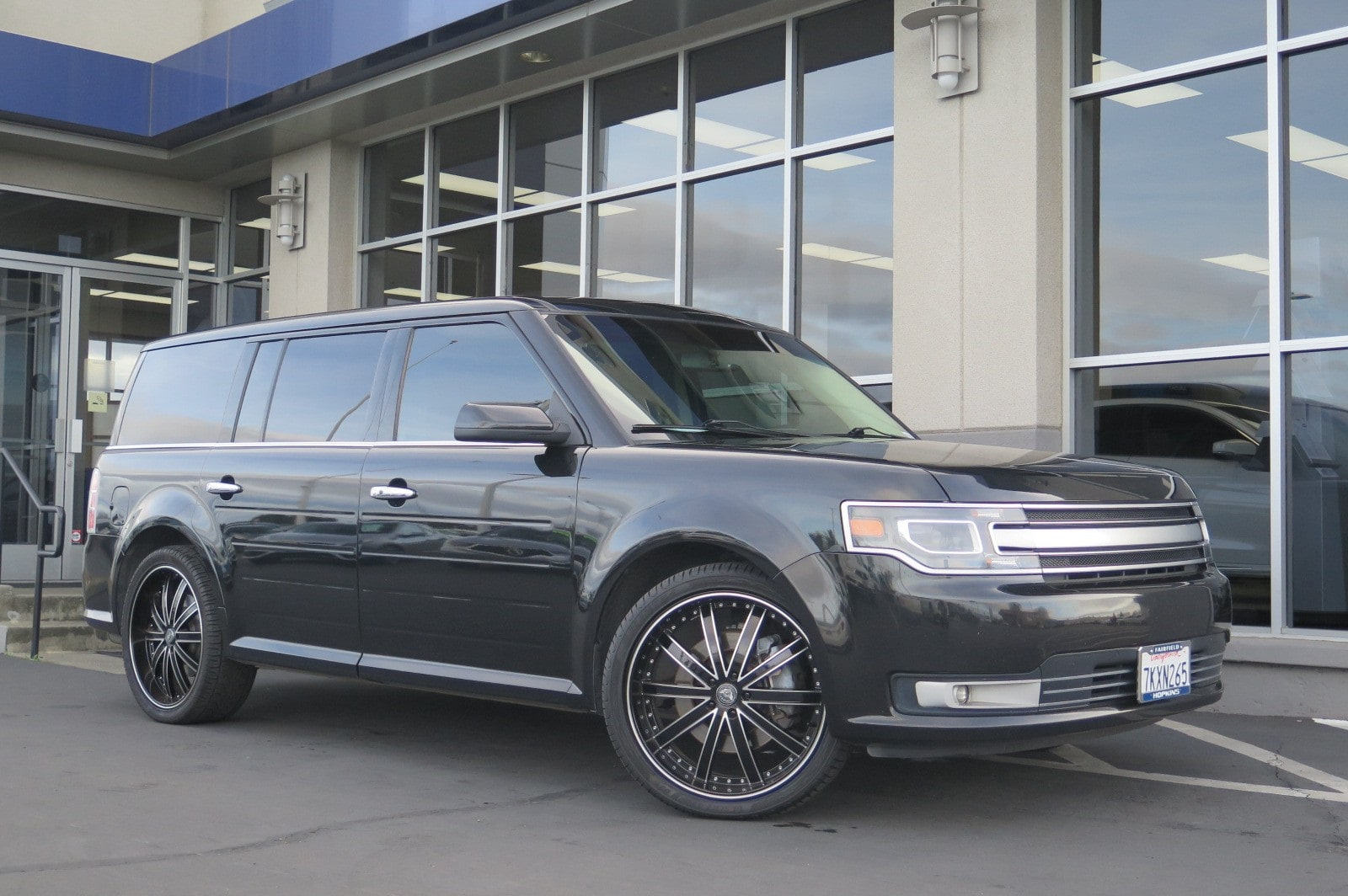 Photo Used 2014 Ford Flex Limited SUV For Sale in Fairfield, CA