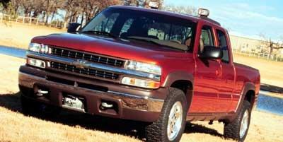Photo Pre-Owned 1999 Chevrolet Silverado 2500 HD Ext Cab 143.5 WB C6P 4WD LS 4WD