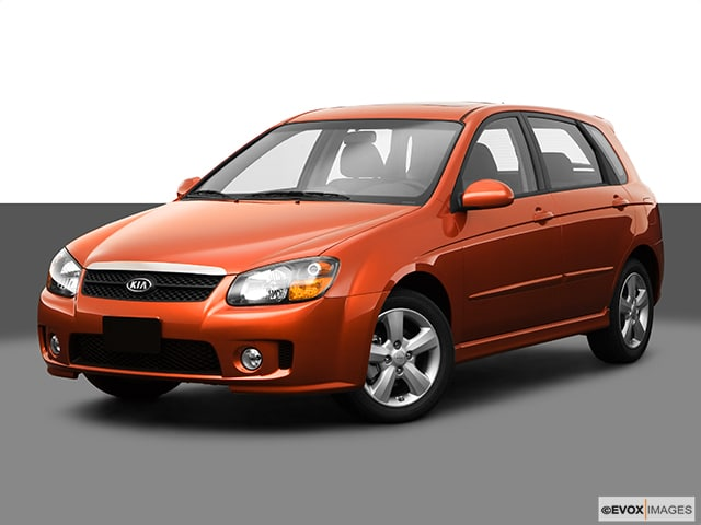 Photo Used 2009 Kia Spectra5 SX Hatchback I-4 cyl in Kissimmee, FL