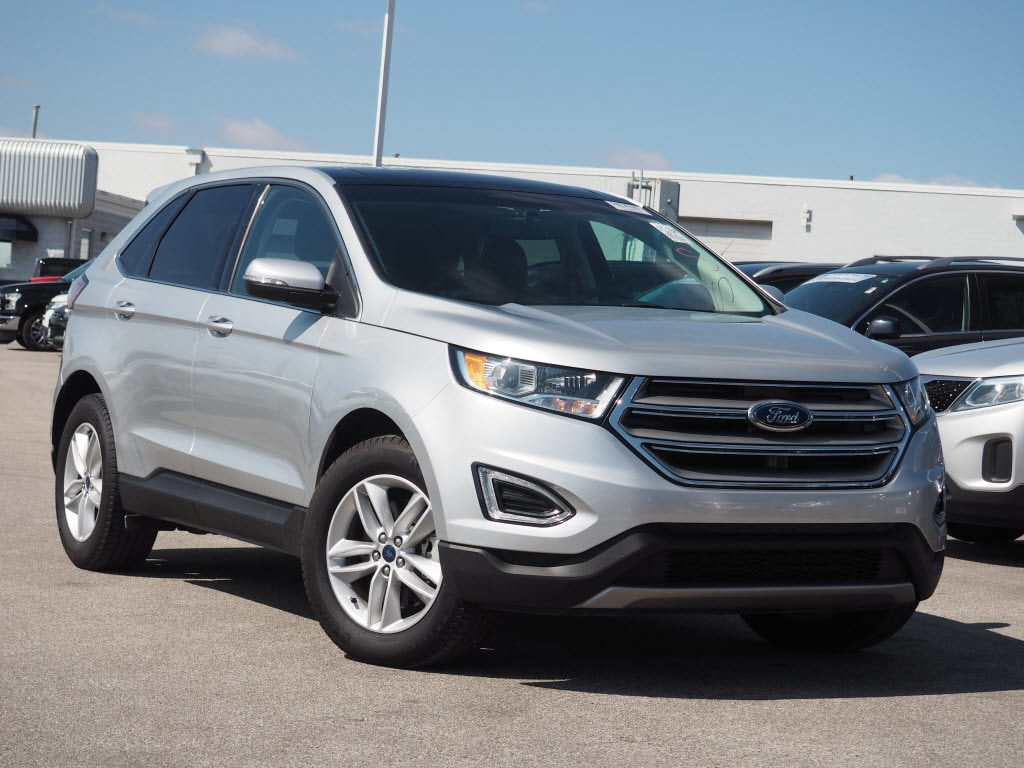Photo Used 2015 Ford Edge SEL SUV I-4 cyl for Sale in Saint Louis, MO