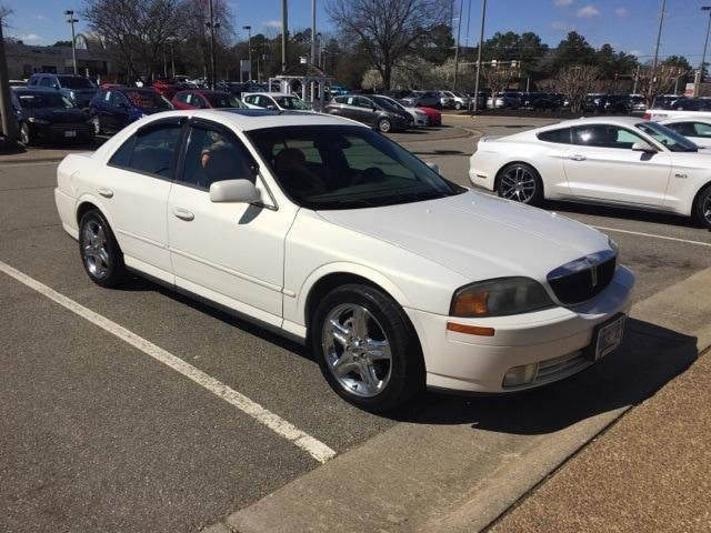Photo Used 2002 Lincoln LS V8 Sedan V-8 cyl for sale in Richmond, VA