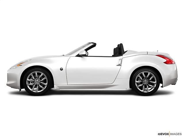 Photo Used 2010 Nissan 370Z Touring For Sale in Sunnyvale, CA